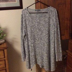 Heathered gray tunic